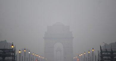 Delhi Fog New Year 2018