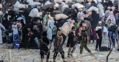 Syrians move out