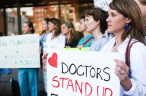 Doctors refuse pay rise