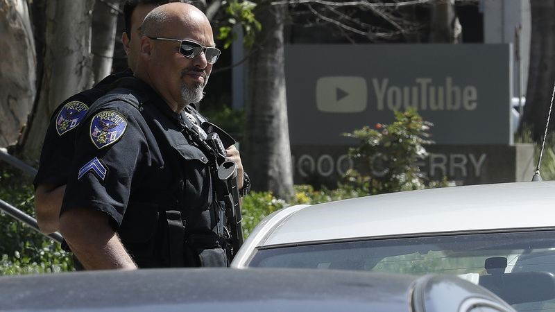 Police called to 'active shooting' at YouTube HQ in California