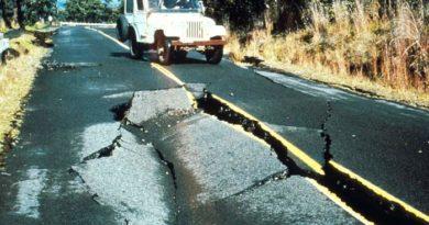 Hawaii Volcanoes Earthquake