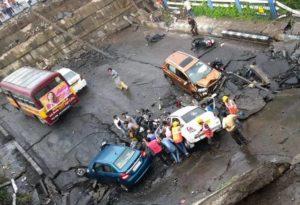 Kolkata Bridge Collapse Images