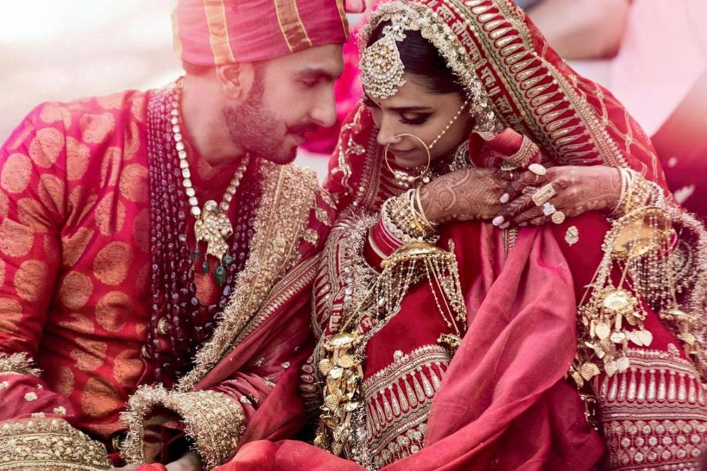 Internet is losing its calm over Deepika and Ranveer ...